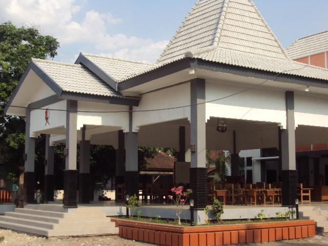Gerakan Desa/Kelurahan Sehat dan Cerdas<BR>Pemerintah Kecamatan Bojonegoro